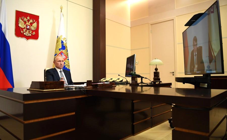 KREMLIN 4 X 4 DU 03.09.2020 Réunion de travail avec le chef par intérim de la République de Tchouvachie Oleg Nikolayev (par vidéoconférence).iWqEwN0dmWWrrrQMu6aa9LKKiZgsY3RZ