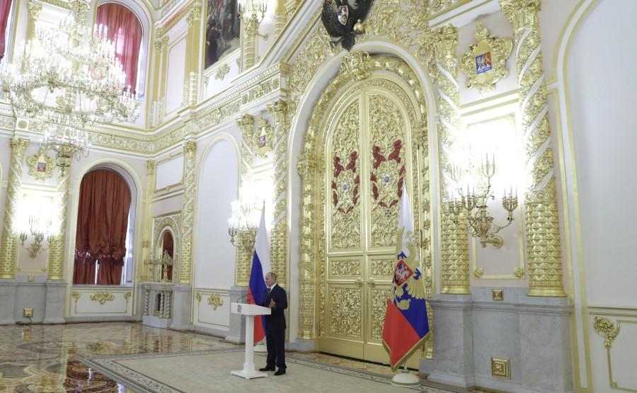 KREMLIN 4 X8 DU 23.09.2020 Lors de la réunion avec les sénateurs de la Fédération de Russie. Aygl5ESwrZrGOEZbZe9EPbjV1tnfQFo7