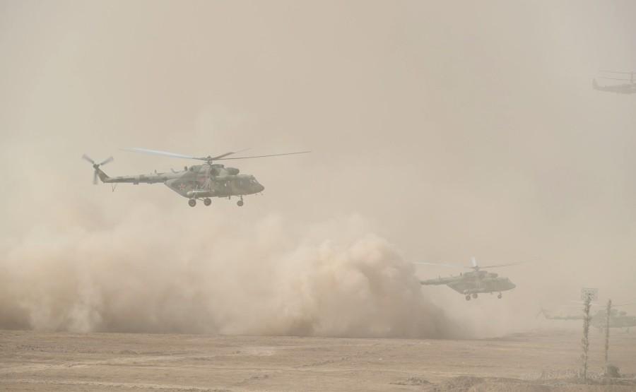 KREMLIN CAUCASE PH 12 X 17 La scène principale de l'exercice de siège stratégique Caucase-2020.