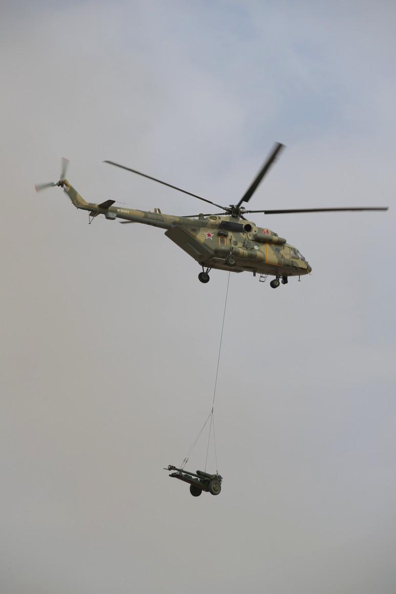 KREMLIN CAUCASE PH 13 X 17 La scène principale de l'exercice de siège stratégique Caucase-2020.