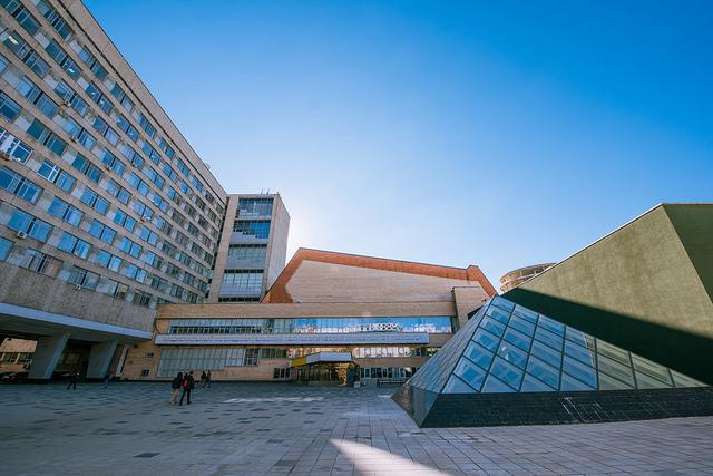 l'Université nationale des sciences et technologies MISiS 29941710050_99d0300786_z