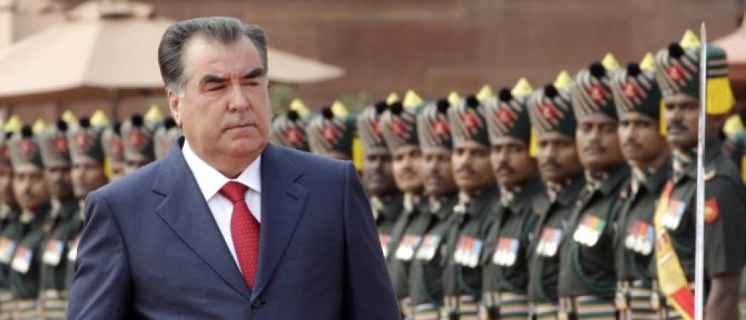 Emomali Rahmon pour son élection à la présidence du Tadjikistan