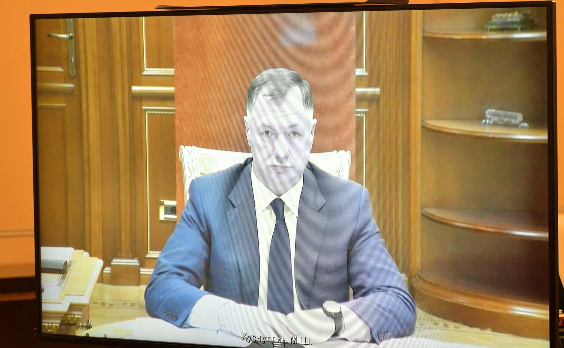 KREMLIN PH 2 X 3 DU 21.10.2020. Réunion de travail avec la vice-première ministre Marat Khusnullin (par vidéoconférence).