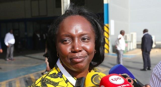 La Ministre angolaise de la Santé Silvia Lutucuta