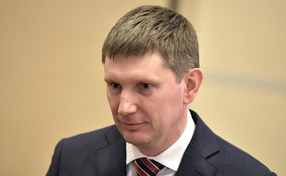Maxim Reshetnikov, .