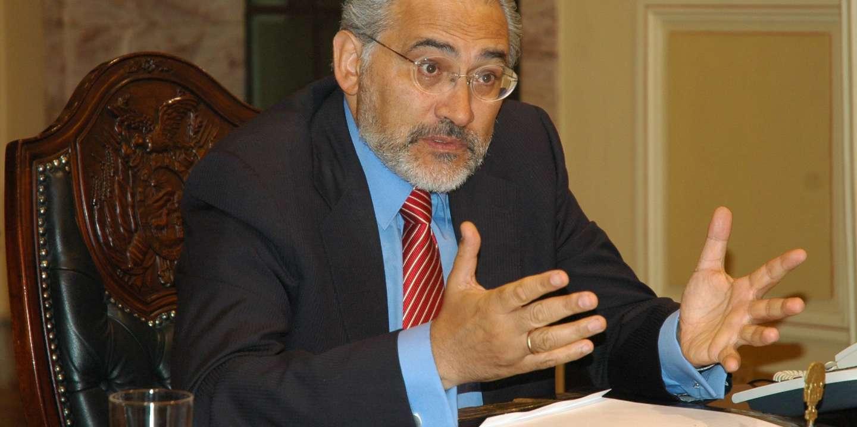 2005 par le président de l'époque, Carlos Mesa