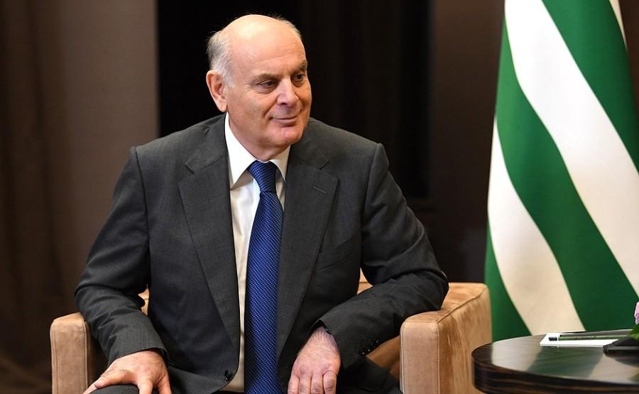 KREMLIN 4 XX 5 ABKHAZIE Entretien avec le président de l'Abkhazie Aslan Bzhania 12 novembre 2020