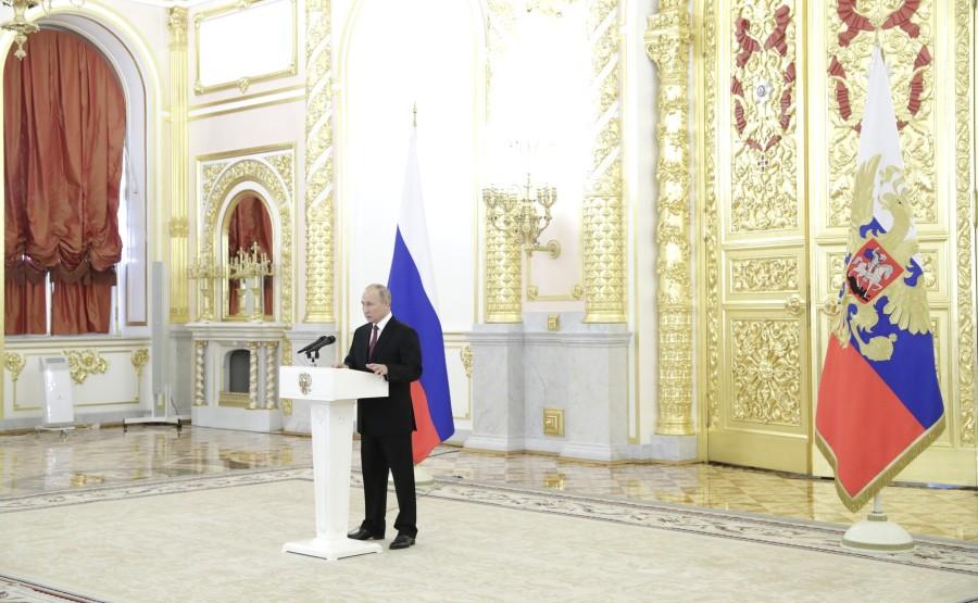 KREMLIN AMBASSADEURS 2 SUR 10 DU 24.11.2020. Cérémonie de remise des lettres de créance des ambassadeurs étrangers - 24 novembre 2020 - 14H