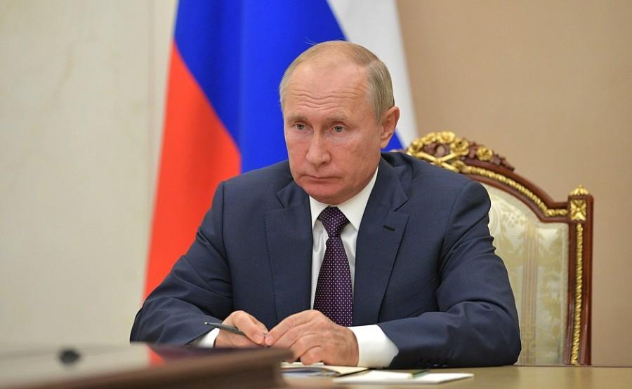 KREMLIN PH 3 XX 3 DU 23.11.2020. Rencontre avec le gouverneur de la région de Pskov, Mikhail Vedernikov - 23 novembre 2020 - 13h