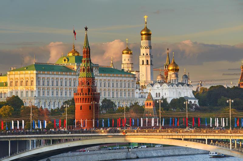 moscou-kremlin-russie-53306221