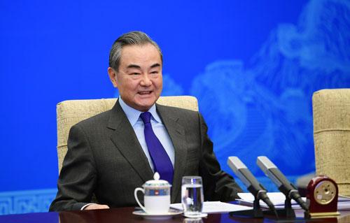 CHINE 1 Entretien par liaison vidéo entre Wang Yi et l'Asia Society des États-Unis du 18.12.2020