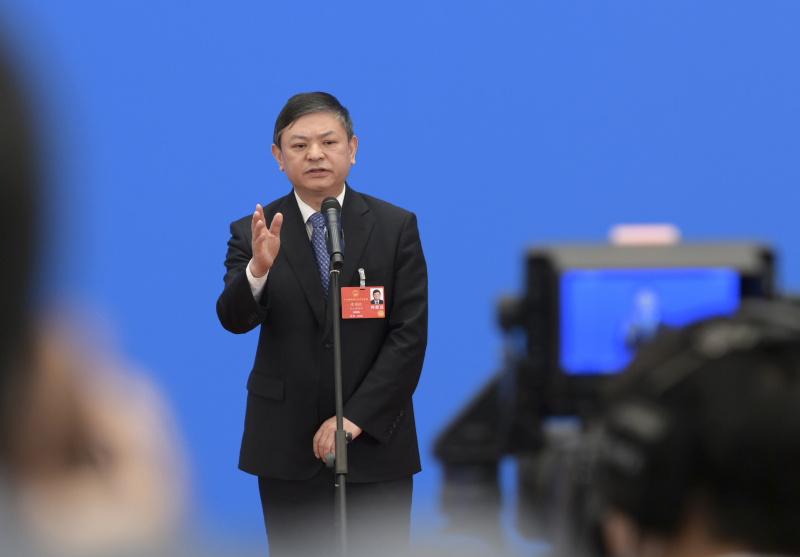 HUANG Runqiu, Ministre de l'Écologie et de l'Environnement