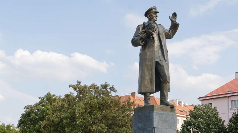 konevdu maréchal Ivan Konev à Prague