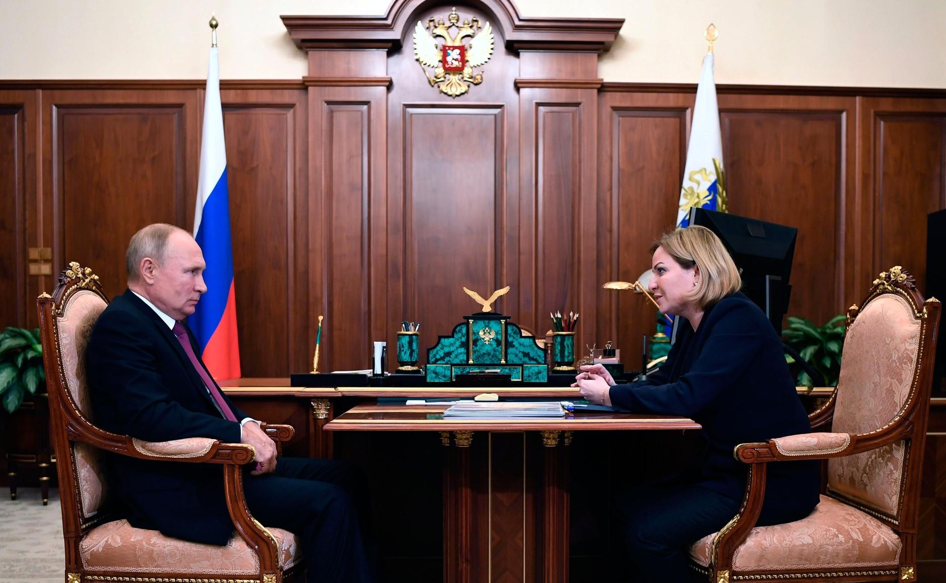 KREMLIN PH 1 SUR 3 DU 07.12.2020 Rencontre avec la ministre de la Culture Olga Lyubimova