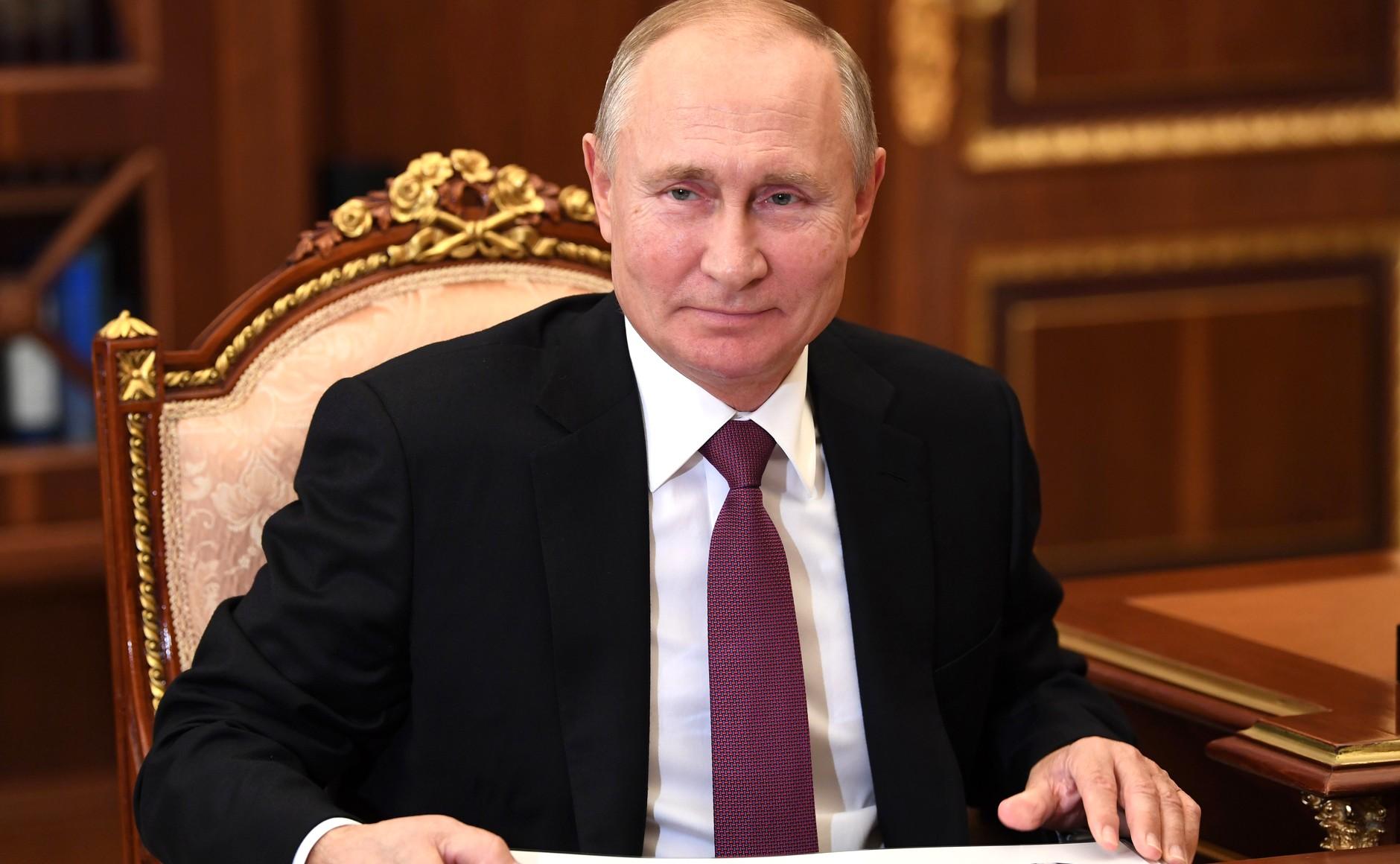 KREMLIN PH 2 SUR 3 DU 07.12.2020 Rencontre avec la ministre de la Culture Olga Lyubimova