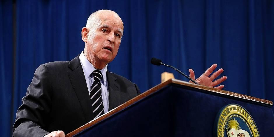 l'ancien gouverneur de Californie Jerry Brown