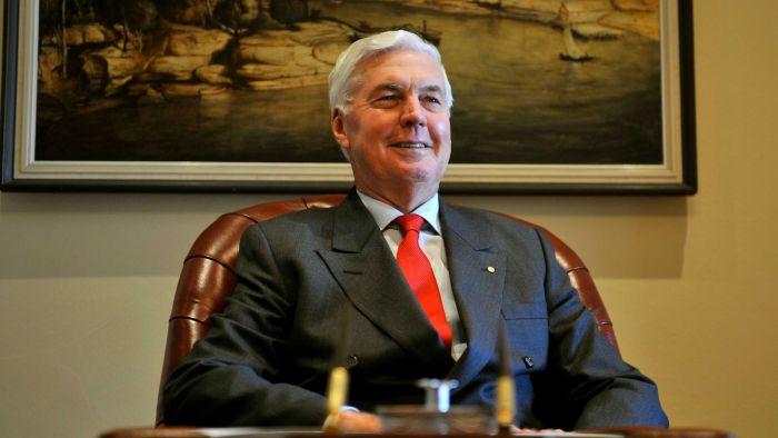 l'ancien Gouverneur général d'Australie, M. Jeffery