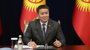 le président par intérim du Kirghizistan Talant Mamytov