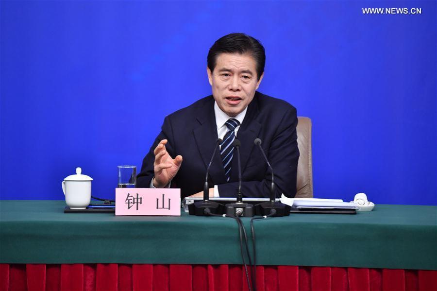 ZHONG Shan, Ministre du Commerce