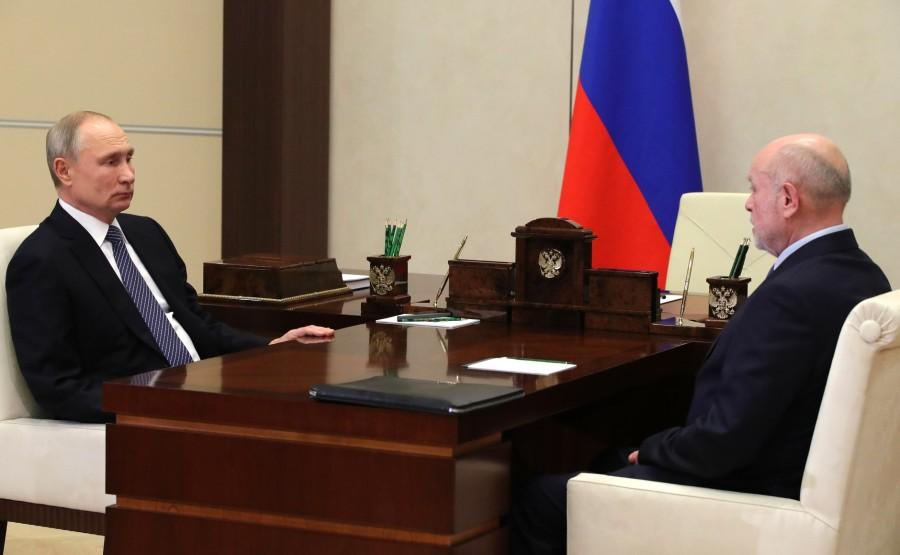 KREMLIN 3 XX 3 Rencontre avec le directeur de l'Institut russe d'études stratégiques Mikhail Fradkov - 18 janvier 2021
