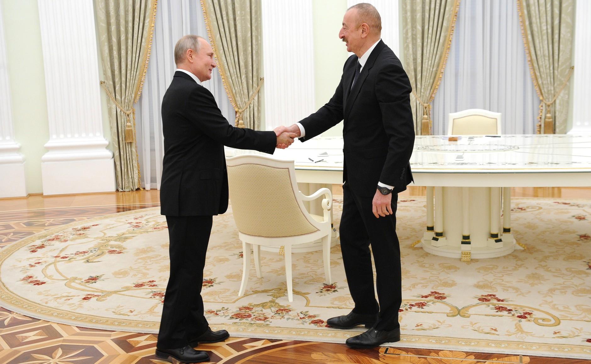 KREMLIN PH 1 XX 3 Rencontre avec Ilham Aliyev et Nikol Pashinyan - 11 janvier 2021 - 17H40