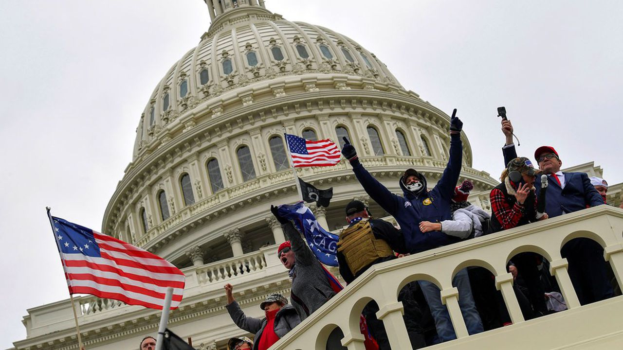 manifestants américains au Capitole 2021