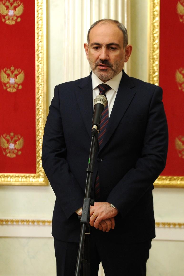 PH 3 SUR 5 Communiqués de presse à l'issue des entretiens avec le président azerbaïdjanais Ilham Aliyev et le Premier ministre arménien Nikol Pashinyan - 11 janvier 2021 – 17H50