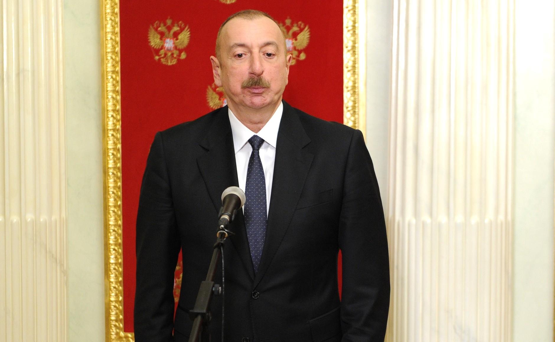 PH 4 SUR 5 Communiqués de presse à l'issue des entretiens avec le président azerbaïdjanais Ilham Aliyev et le Premier ministre arménien Nikol Pashinyan - 11 janvier 2021 – 17H50