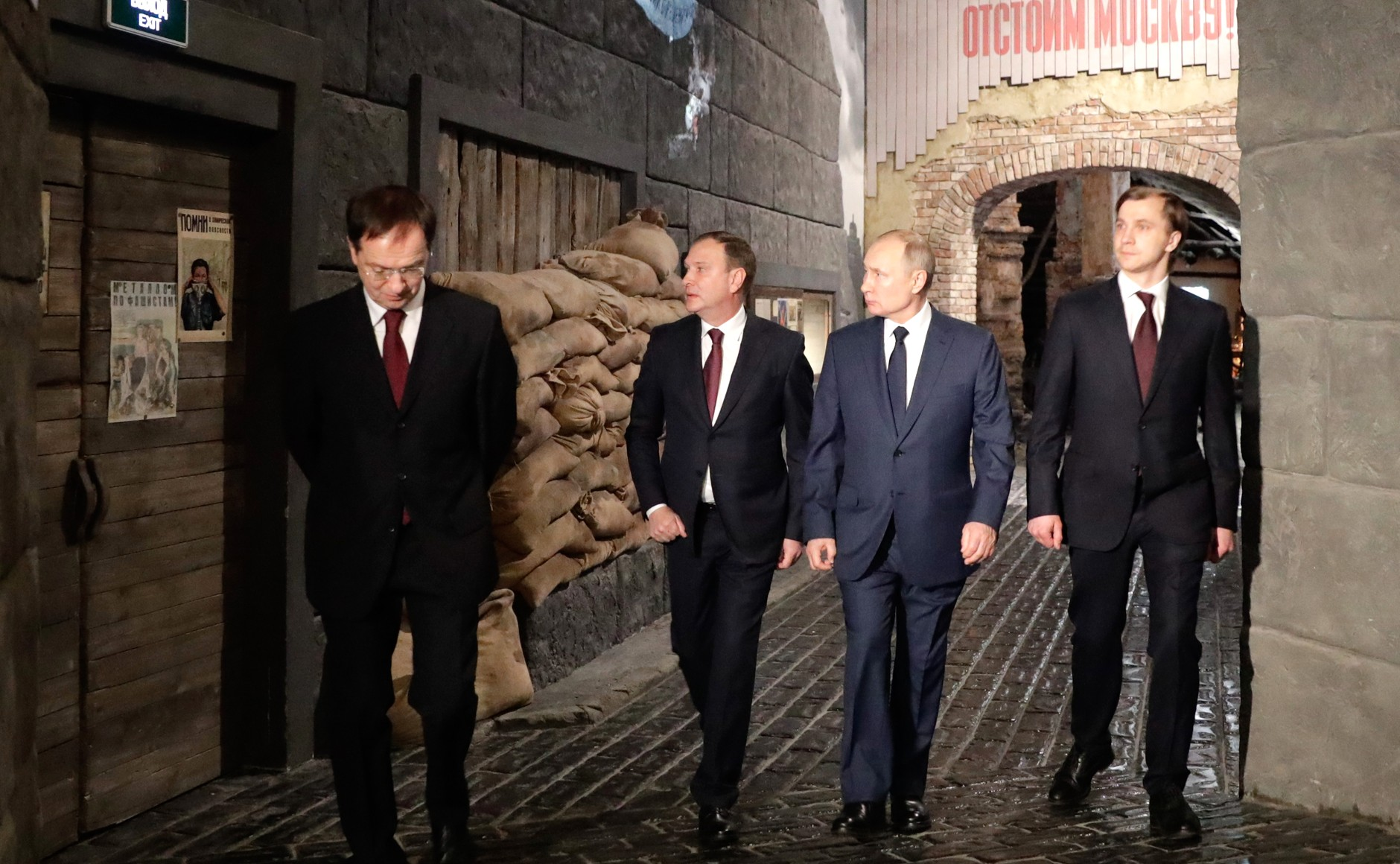 RUSSIE 5 SUR 24 Visite du musée de la victoire - 27 janvier 2021