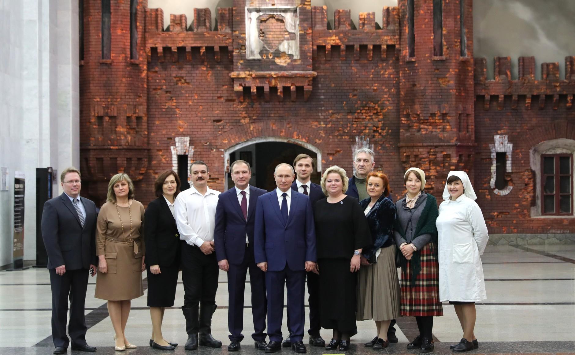 RUSSIE Z1 SUR 24 Visite du musée de la victoire - 27 janvier 2021