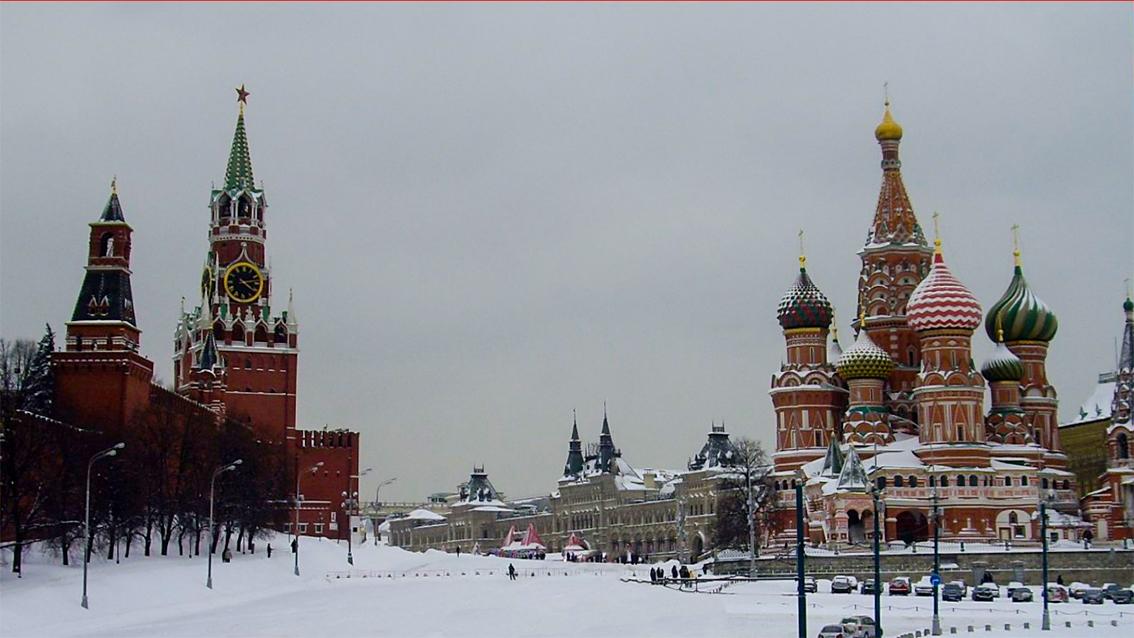 Saint-Basile-le-Bienheureux de Moscou sous la neige_6