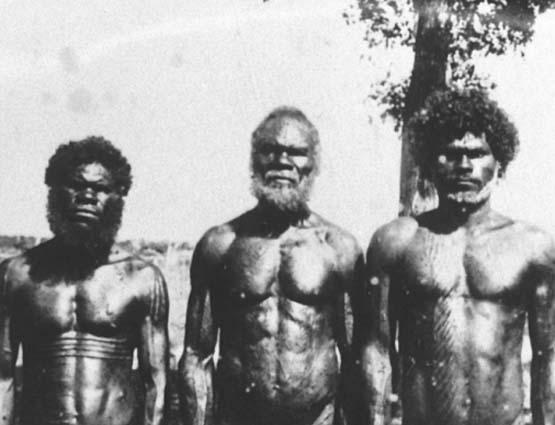 Bathurst_Island_men