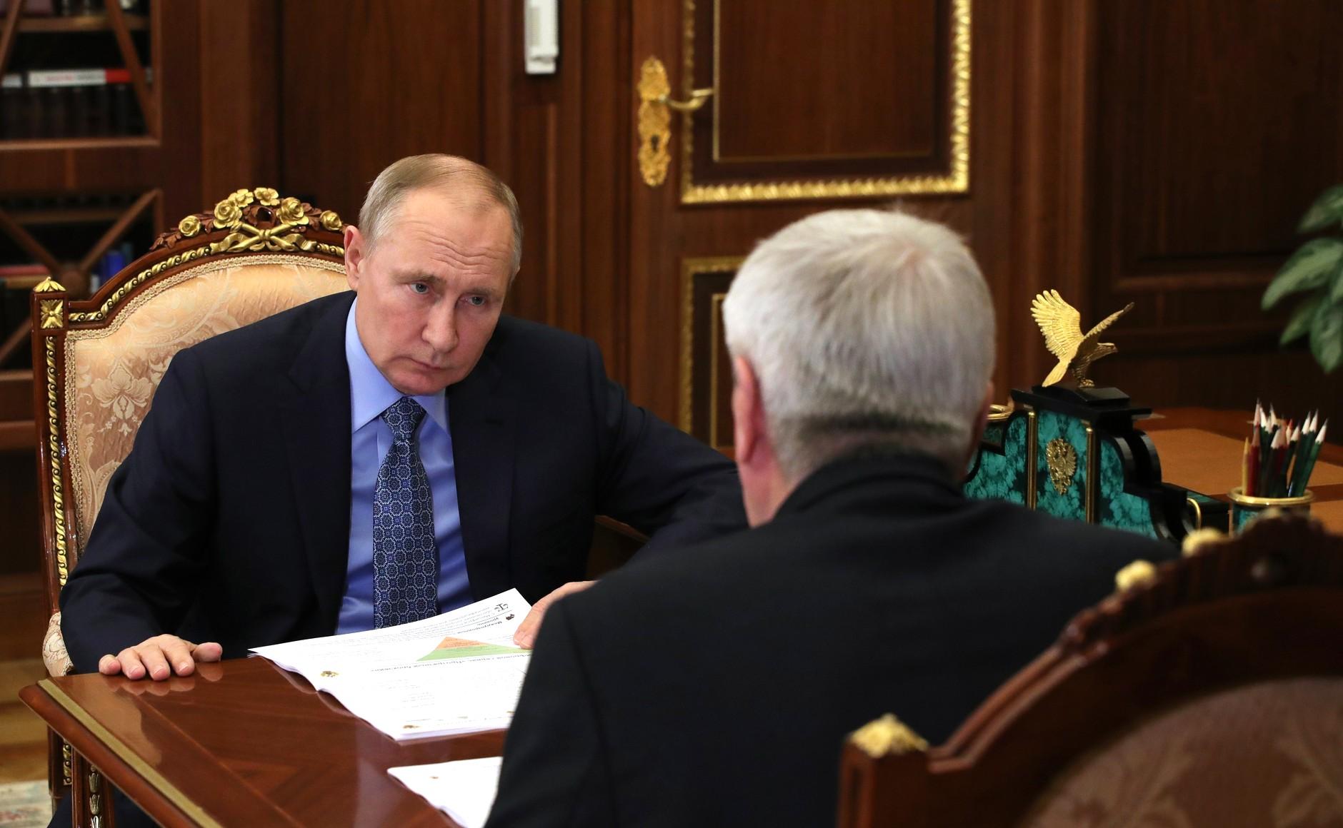 FINANCE SURVEILLEE 3 SUR 3 Rencontre avec le chef du Service fédéral de surveillance financière Yury Chikhanchin 19.02.2021