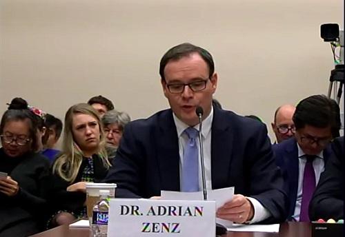 l'auteur du rapport Adrian Zenz