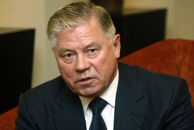 Russian Supreme Court chairman Vyacheslav Lebedev speaks to journalists during a briefing at the Taj Pamodzi Hotel in Lusaka
