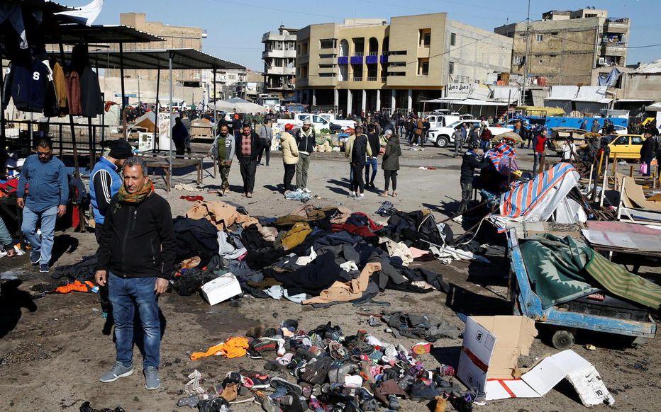 Le premier kamikaze s'est fait exploser au milieu des vendeurs et badauds, le second près de l'attroupement formé autour des blessés. REUTERSThaier al-Sudani