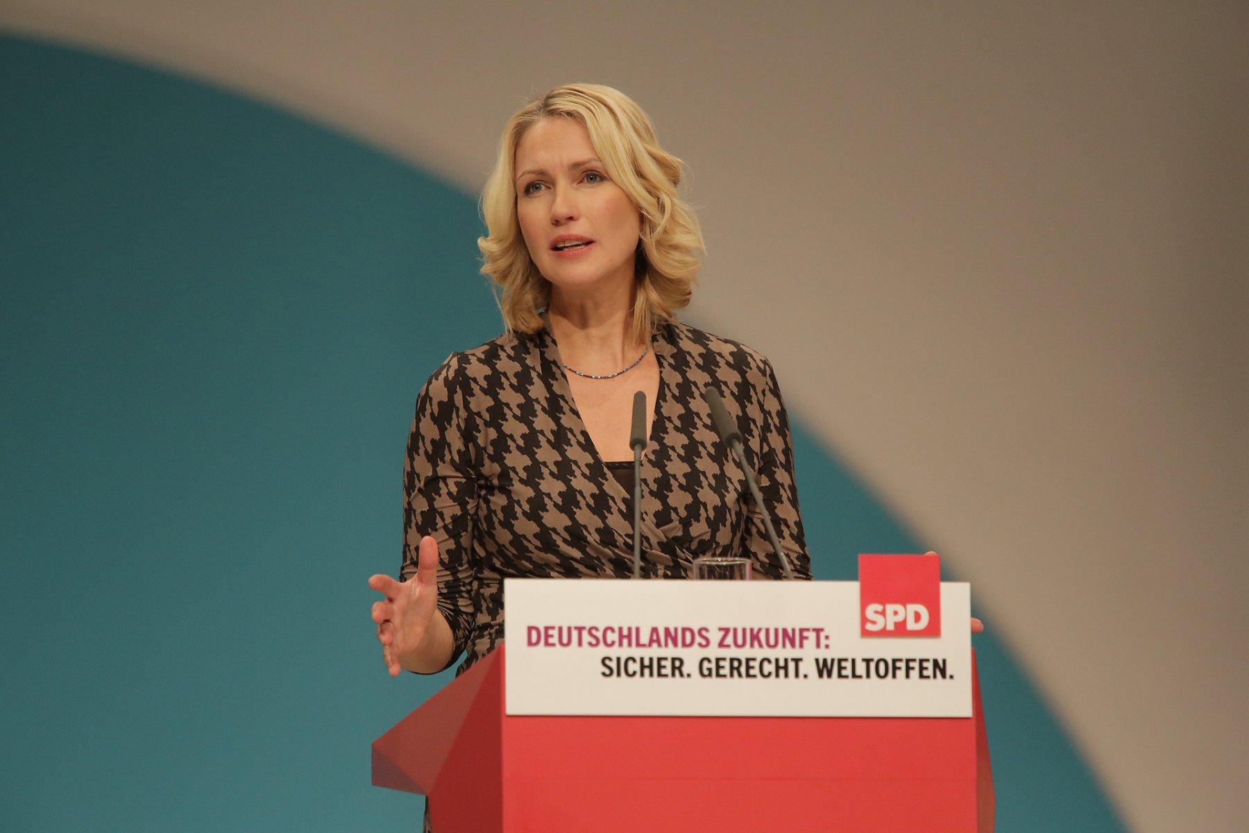le premier ministre de l'Etat, MmeManuela Schwesig (PS),