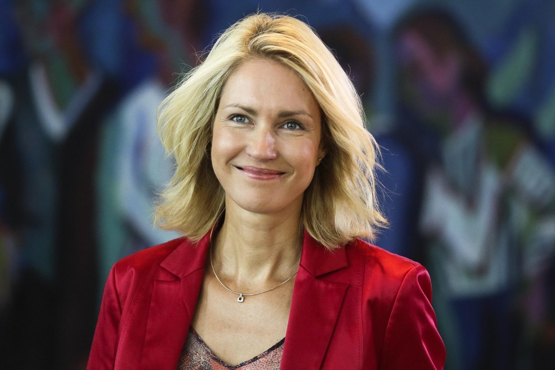 Mme Manuela Schwesig