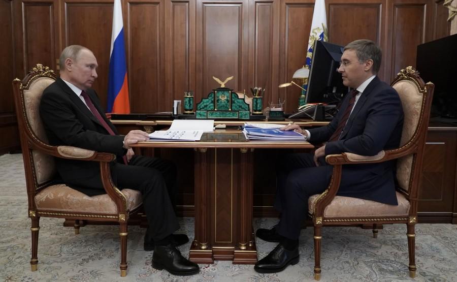 FALKOV RU 1 XX 5 Rencontre avec le ministre des Sciences et de l'Enseignement supérieur Valery Falkov 9 mars 2021