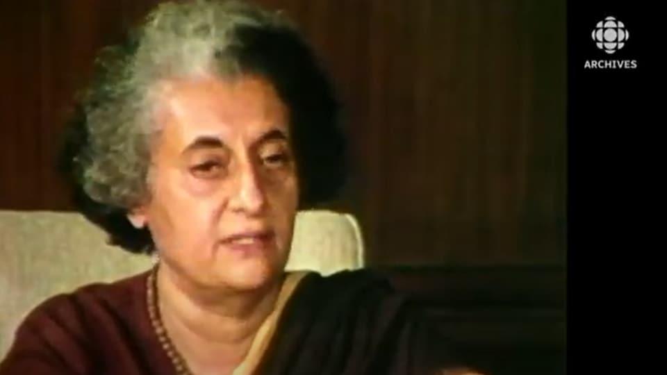 Indira Gandhi devient première ministre de l'Inde le 19 janvier 1966.