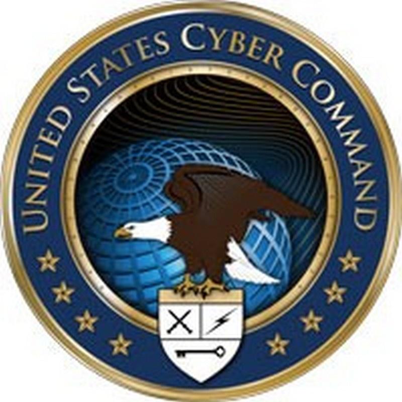 PHO 2 Pour mener une telle guerre, le Pentagone, il y a plus de dix ans, sous la tutelle du renseignement militaire de la NSA, a créé un cyber-commandement, dont le statut a maintenant été élevé à un commandement de combat unique.