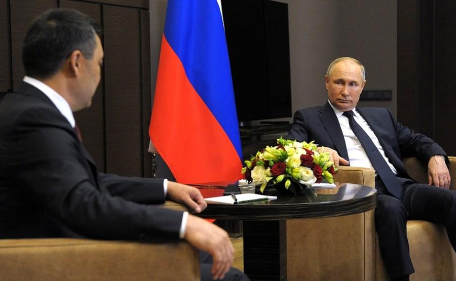 KREMLIN PH 1 SUR 2 Vladimir Poutine a reçu le président de la République kirghize Sadyr Japarov