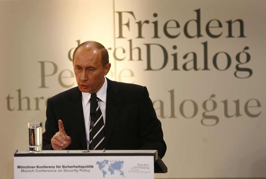Vladimir Poutine prononcé le 10 février 2007 à la Conférence de Munich sur la sécurité 3