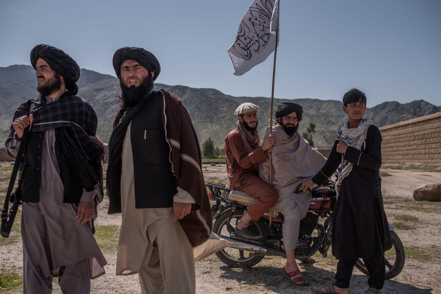 Des combattants talibans à Laghman le 13 mars 2020.