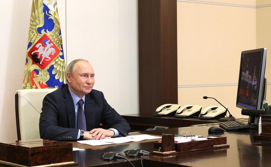 GAZ RUSSIE 1 X 4 DU 09.06.2021 Cérémonie de lancement de la première ligne de production de l'usine de traitement de gaz d'Amur 9 juin 2021- 14h20