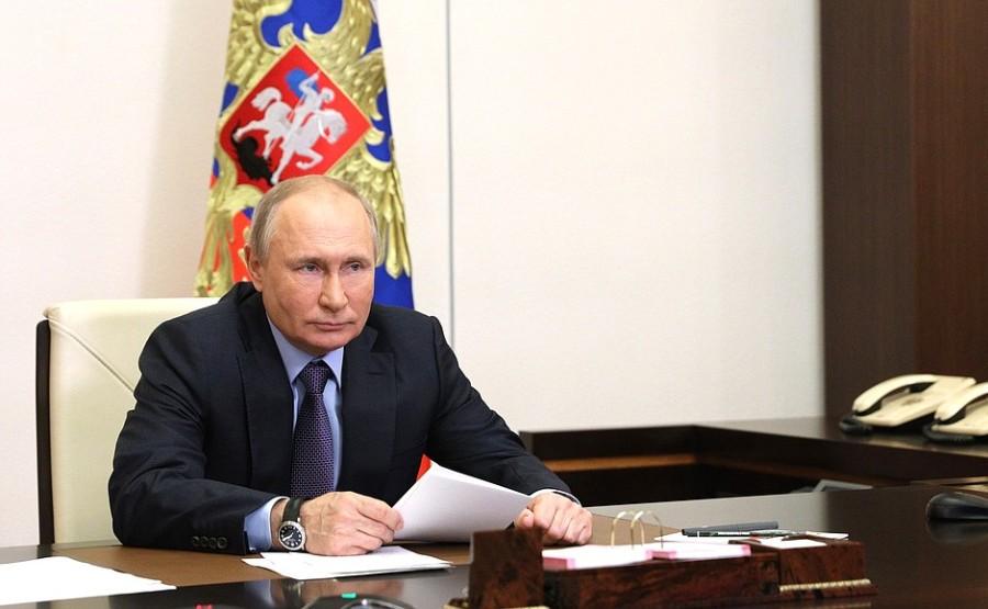 GAZ RUSSIE 4 X 4 DU 09.06.2021 Cérémonie de lancement de la première ligne de production de l'usine de traitement de gaz d'Amur 9 juin 2021- 14h20