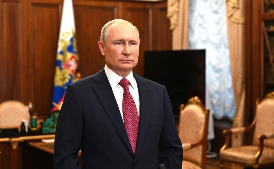 KREMLIN 1 SUR 1 aux étudiants diplômés - 25 juin 2021- 09h00 - Le Kremlin, Moscou