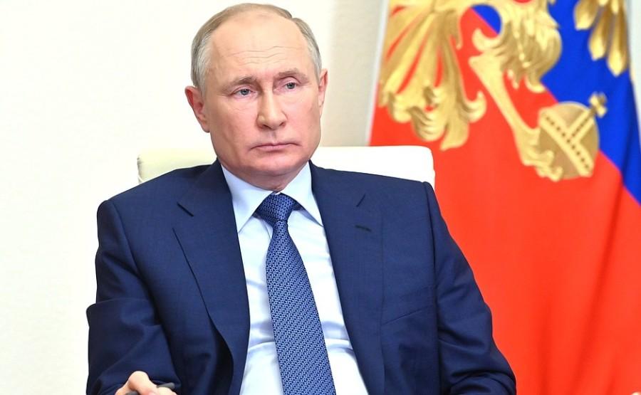 Kremlin 3 SUR 4 DU 23.06.2021- Réunion de travail avec le chef de la Tchétchénie Ramzan Kadyrov 23 juin 2021