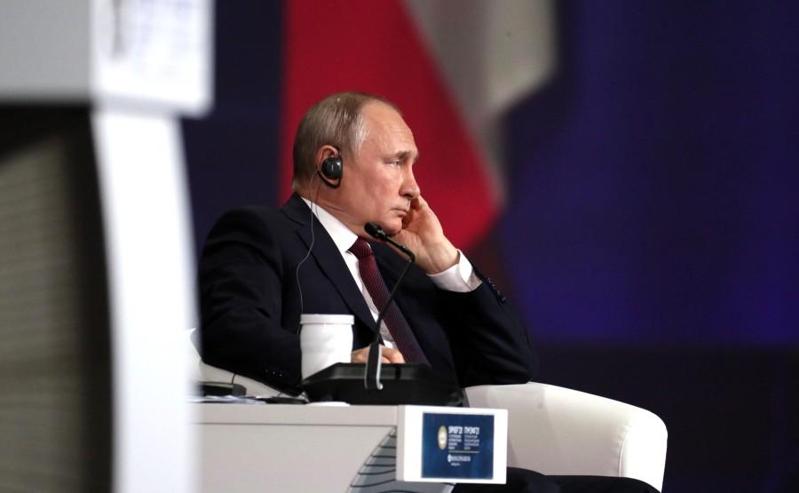 SP RUSSIE 12 X 15 DU 04.06.2021 Séance plénière du Forum économique international de Saint-Pétersbourg - 4 juin 2021 - 17h20