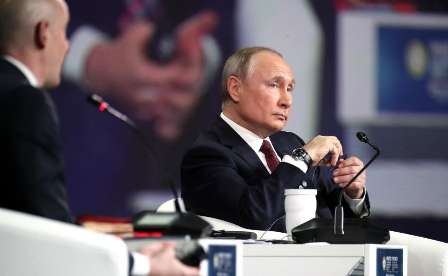 SP RUSSIE 14 X 15 DU 04.06.2021 Séance plénière du Forum économique international de Saint-Pétersbourg - 4 juin 2021 - 17h20